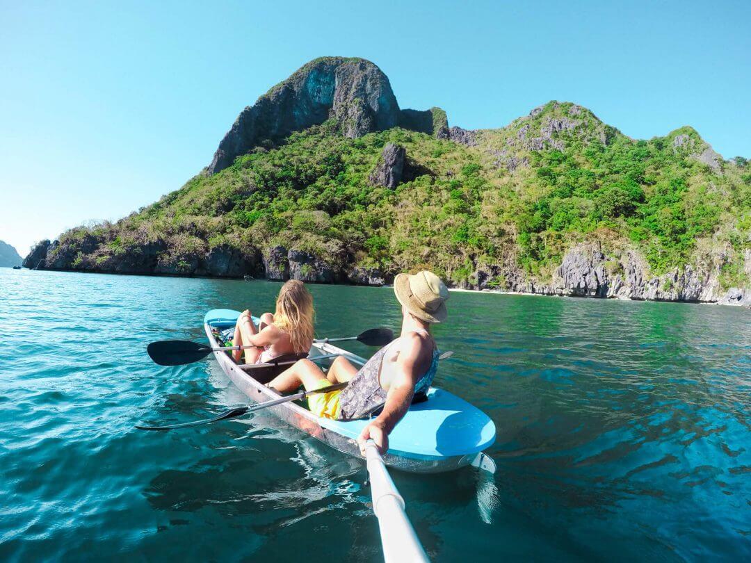 Philippines El Nido Clear Kayak couple