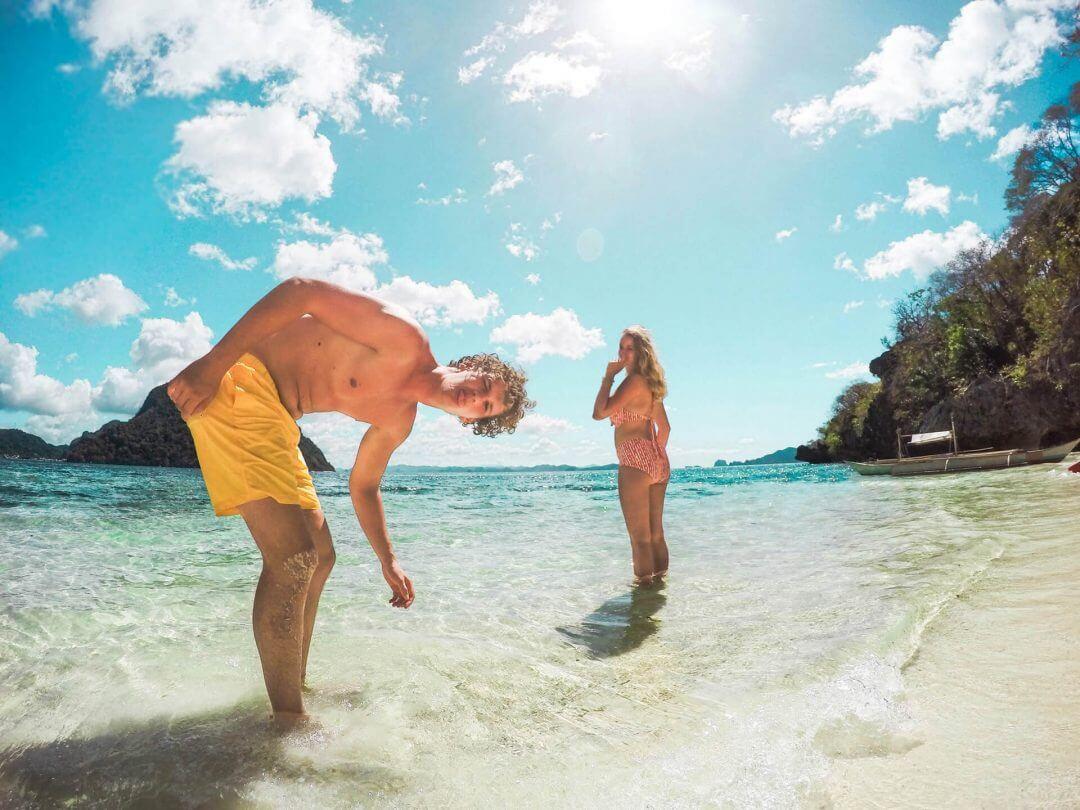 Philippines El nido Clear Kayak island couple