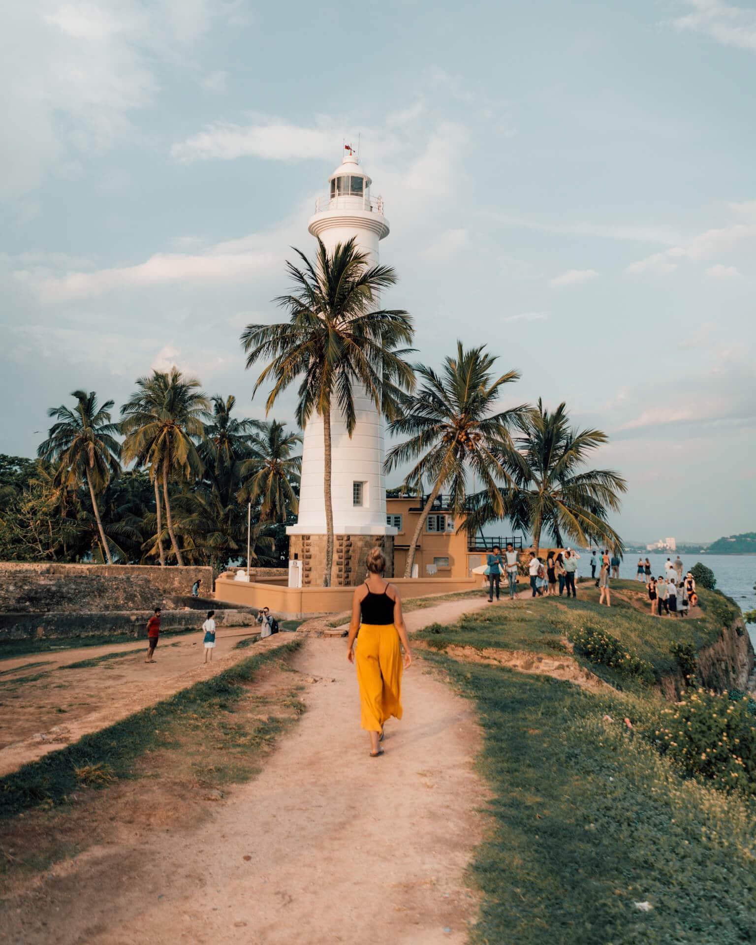 galle dutch fort sri lanka lighthouse