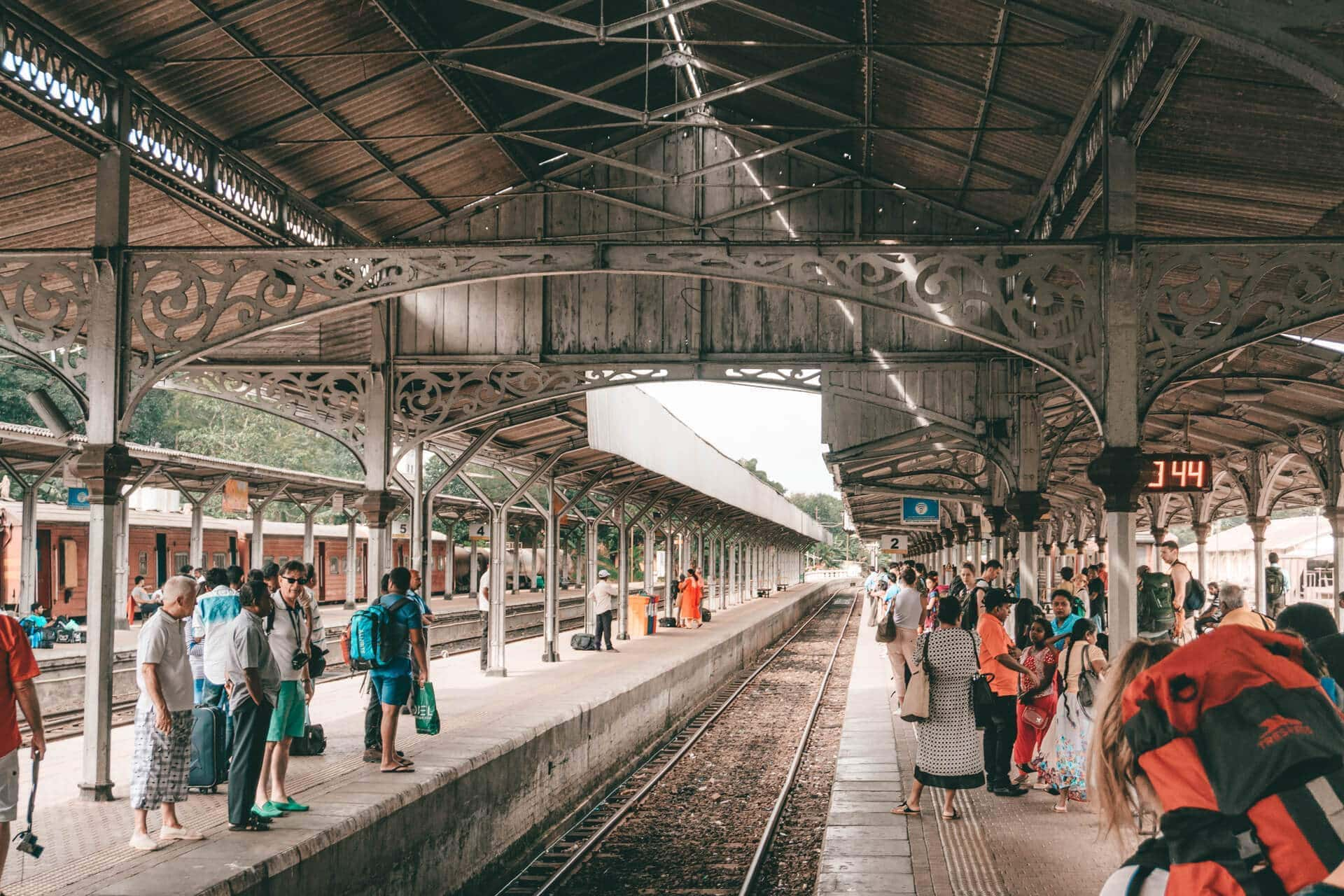 beautiful train ride sri lanka kandy ella station