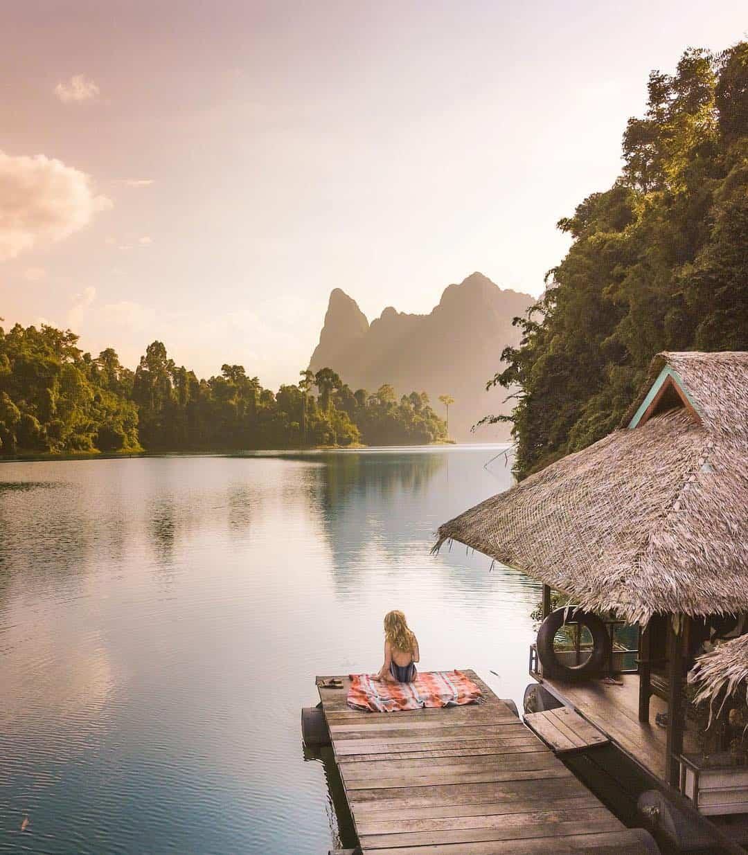 Khao Sok National Park guide raft house