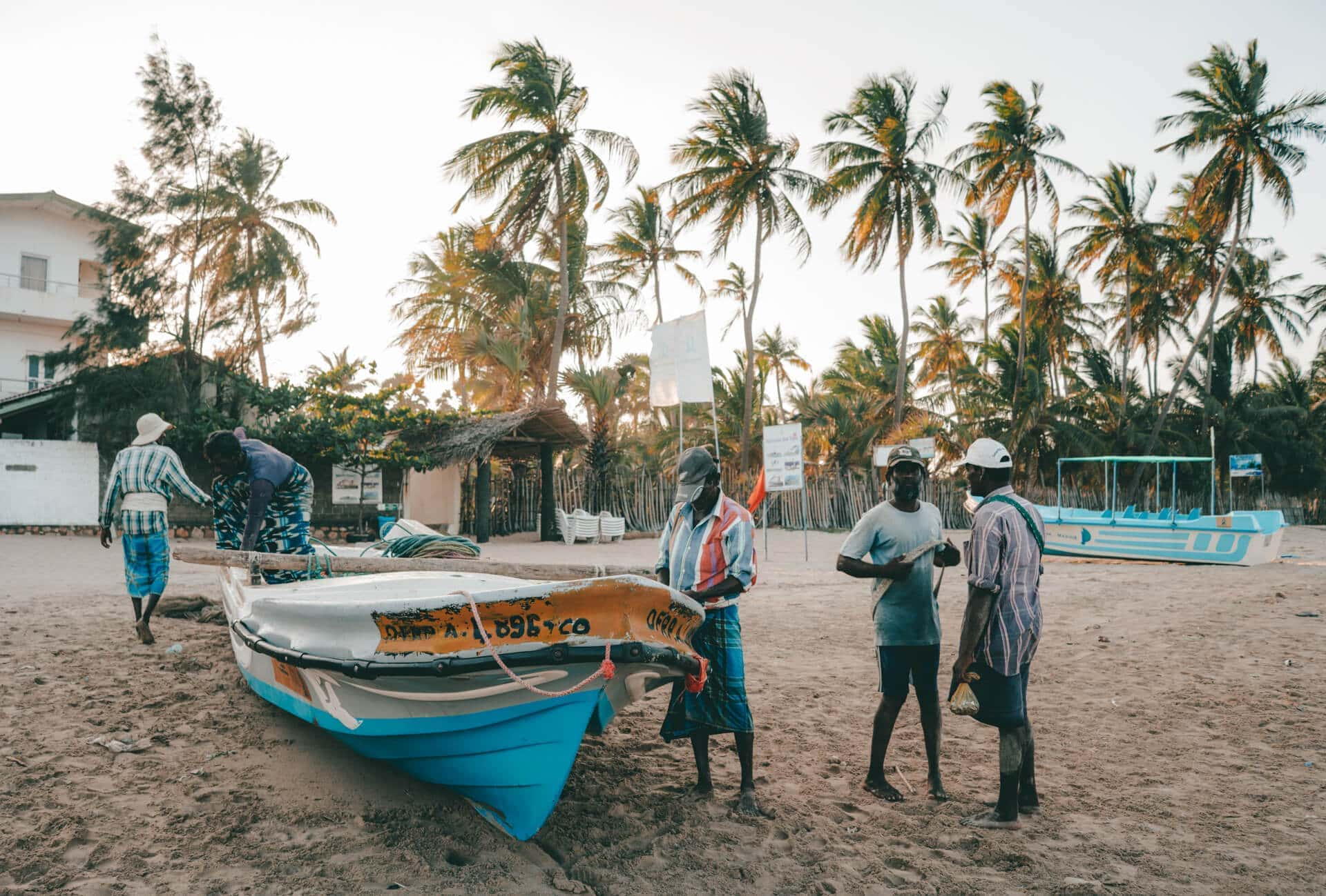 things to do Trincomalee local fishermen