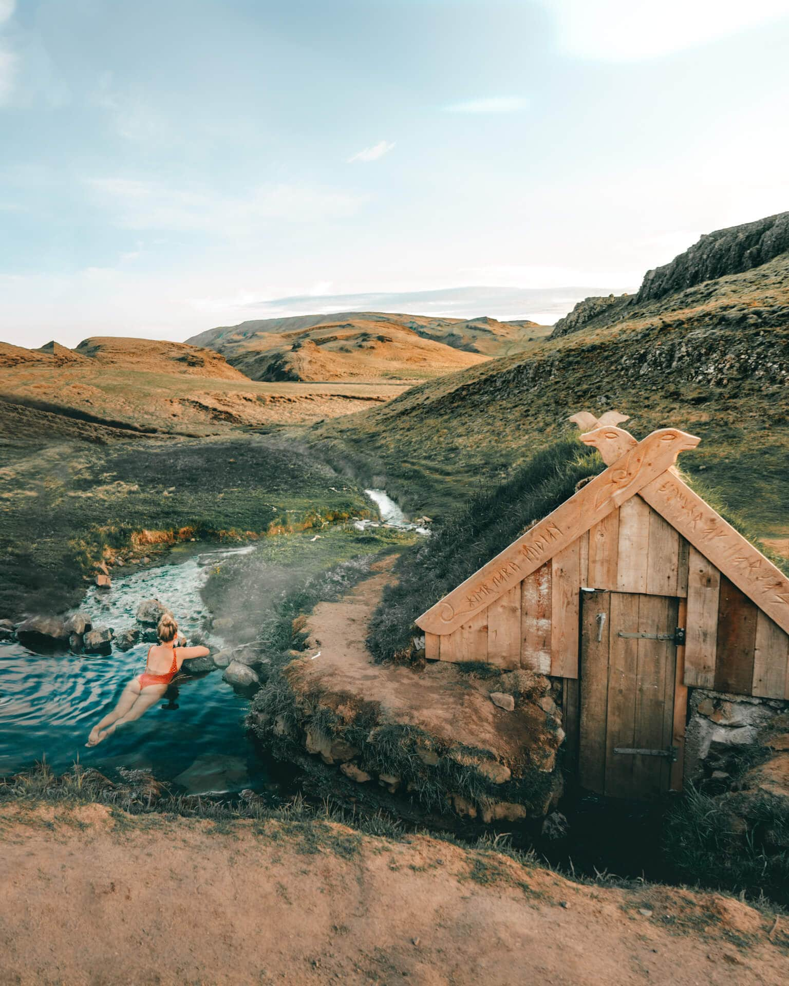 hot springs iceland Hrunalaug view
