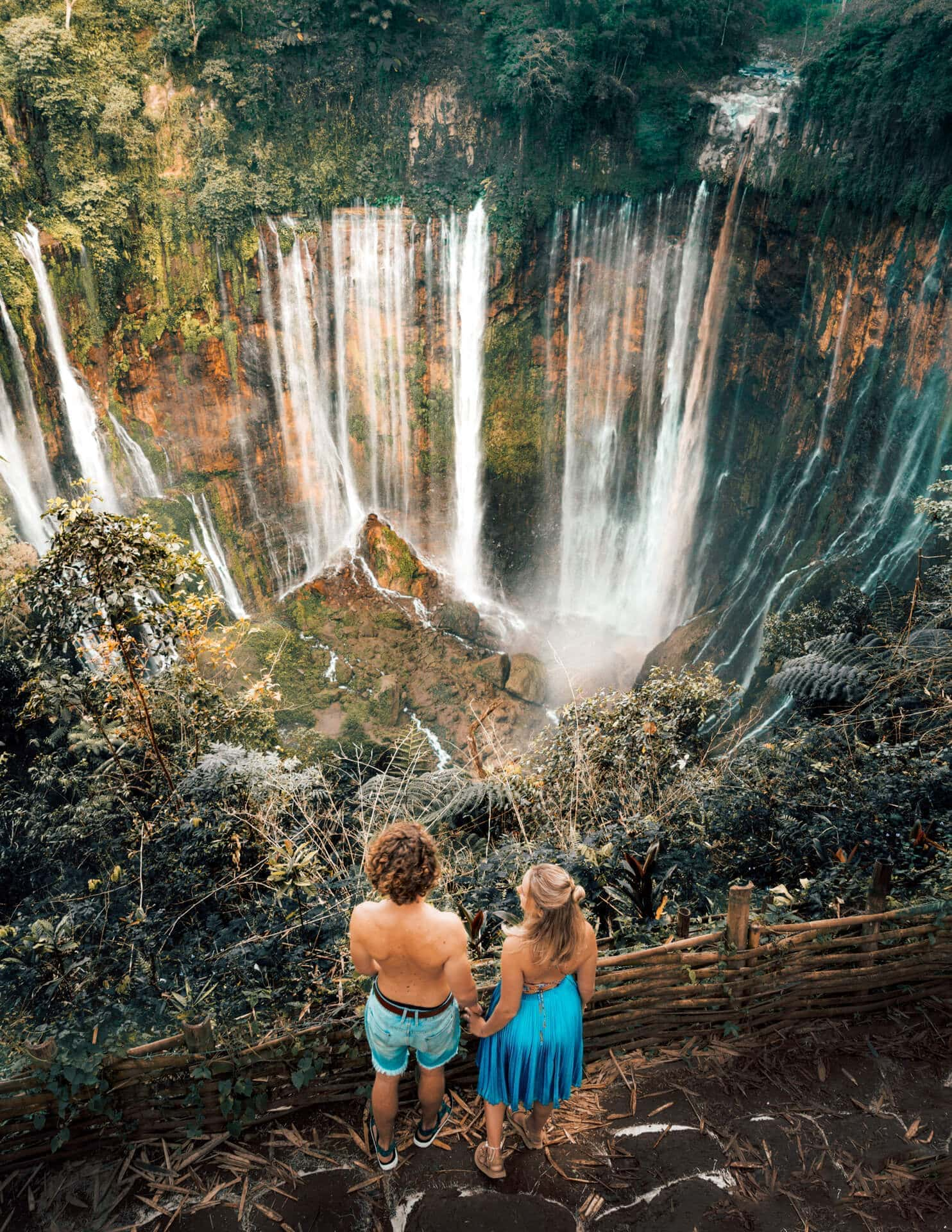 BEST WATERFALL INDONES...