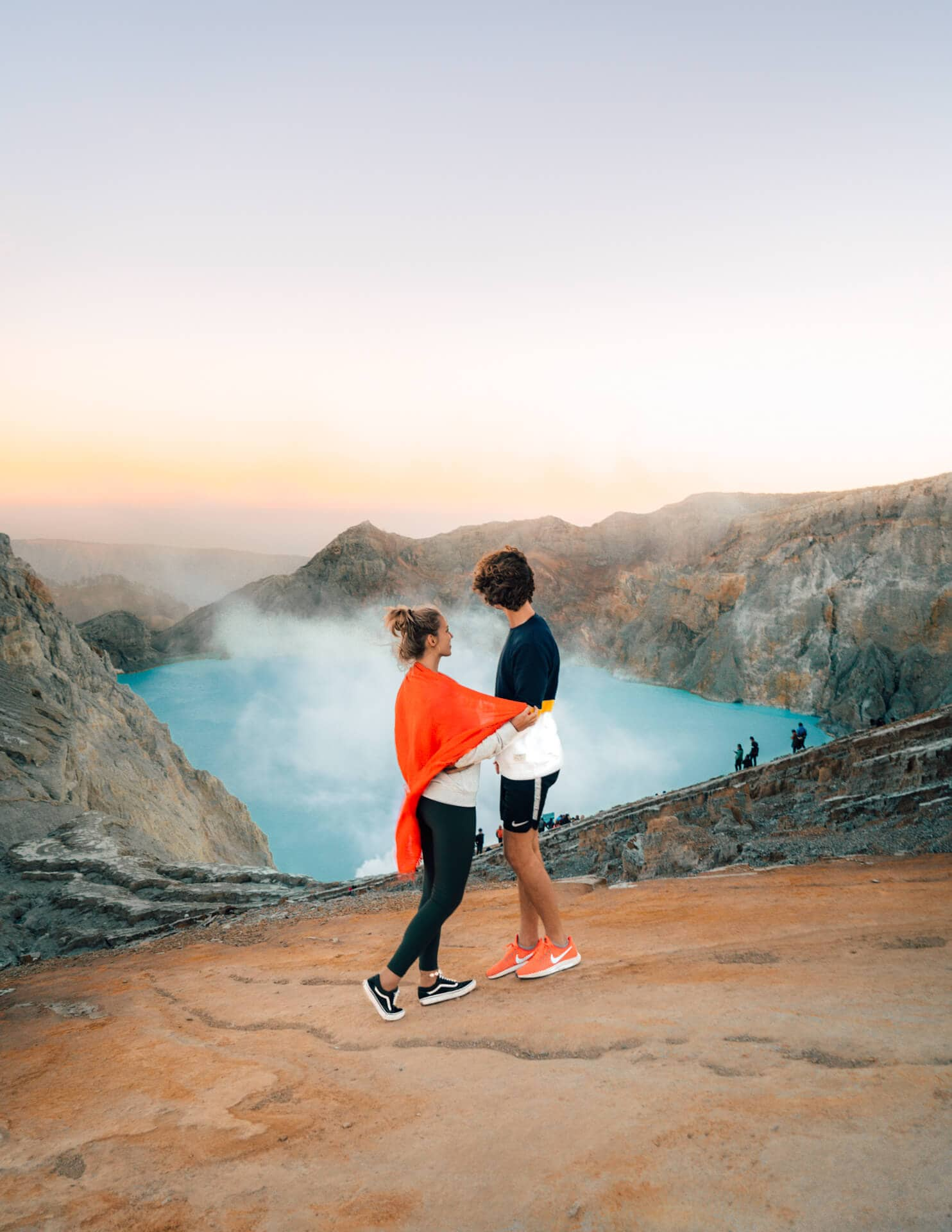visit ijen tour sunrise view couple