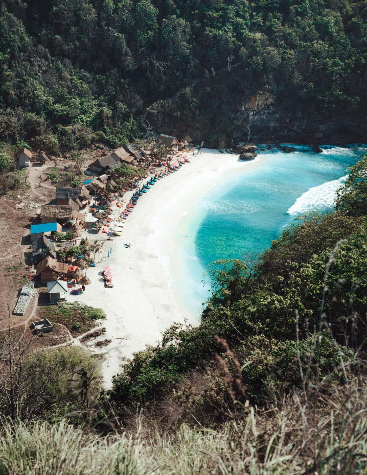 nusa penida trip atuh beach