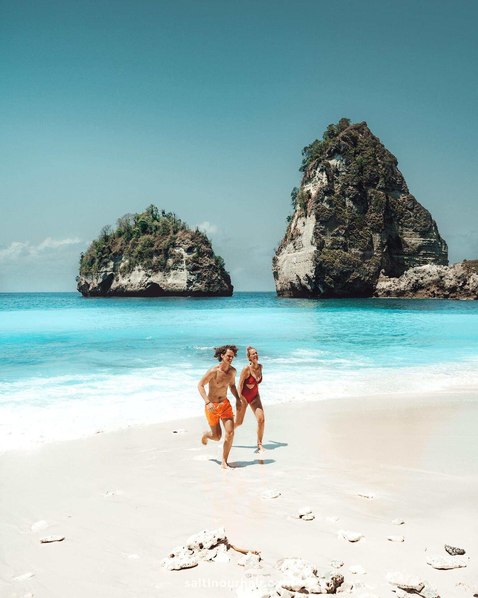 things to do nusa penida diamond beach couple