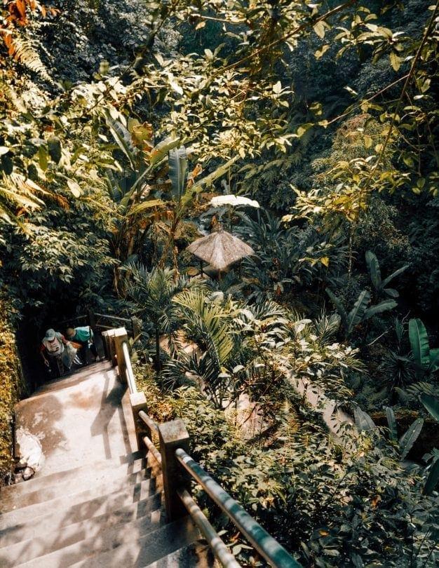 Tibumana Waterfall walk down