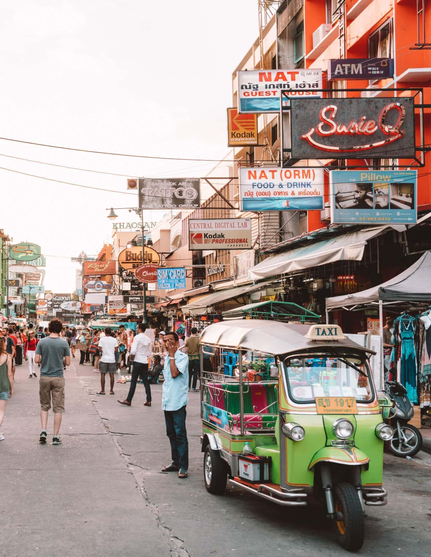 things to do bangkok khao san road street