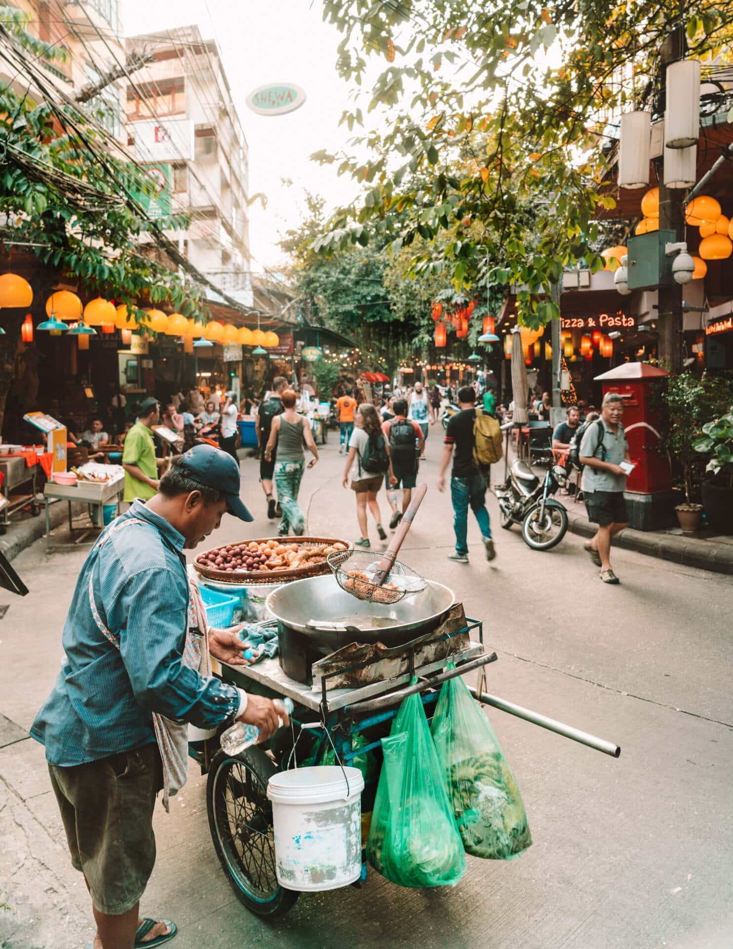 things to do bangkok khao san road
