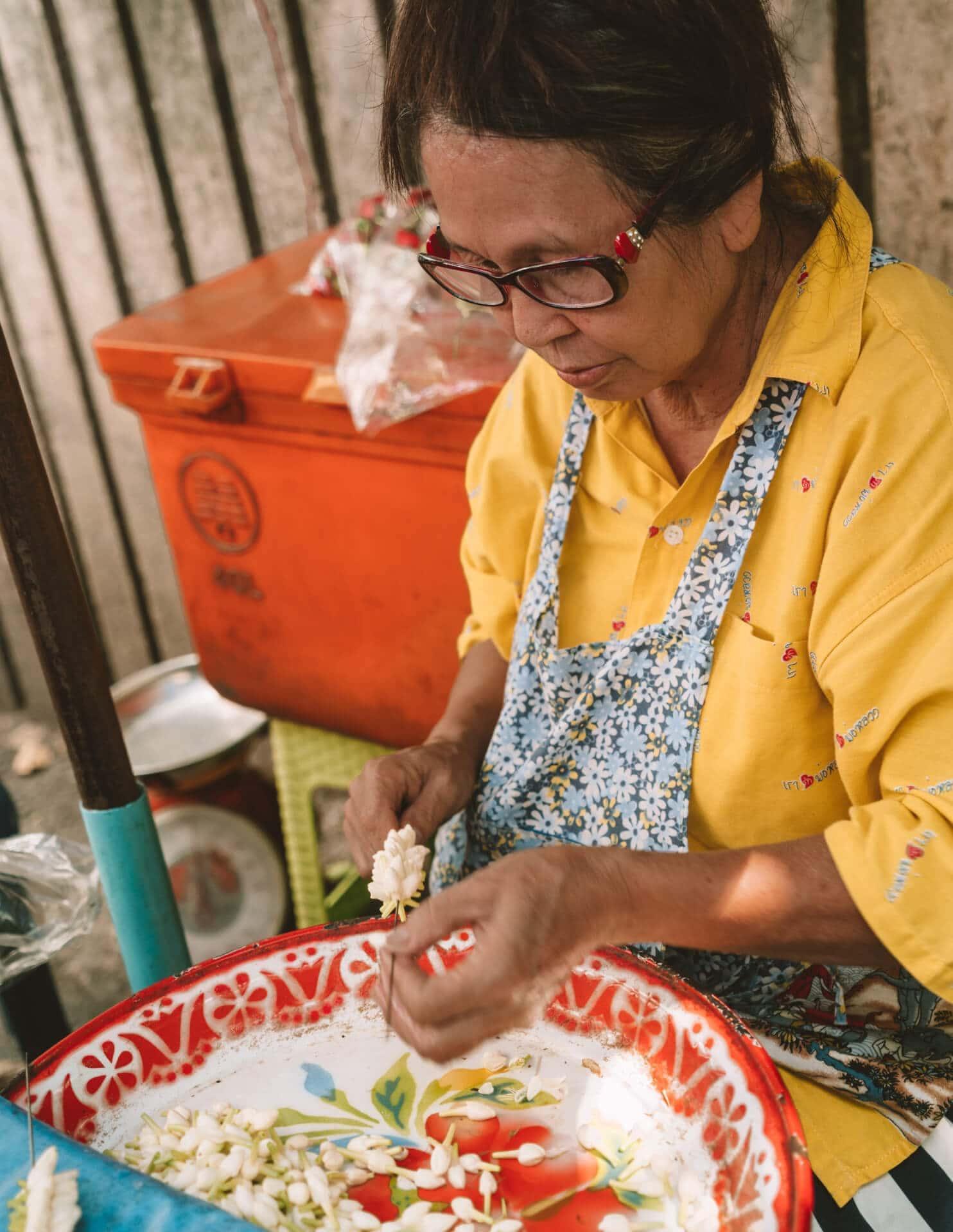 things to do bangkok street food