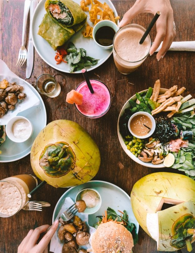 things to do canggu bali food