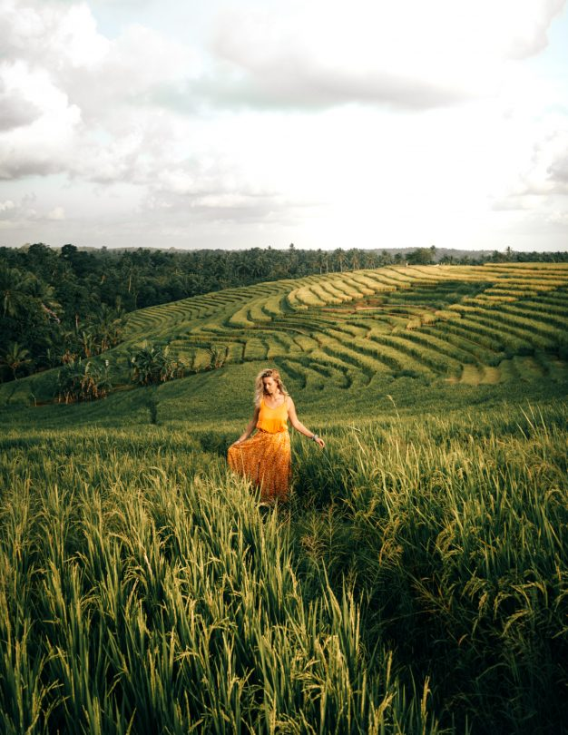 bali stay with locals rice field walk
