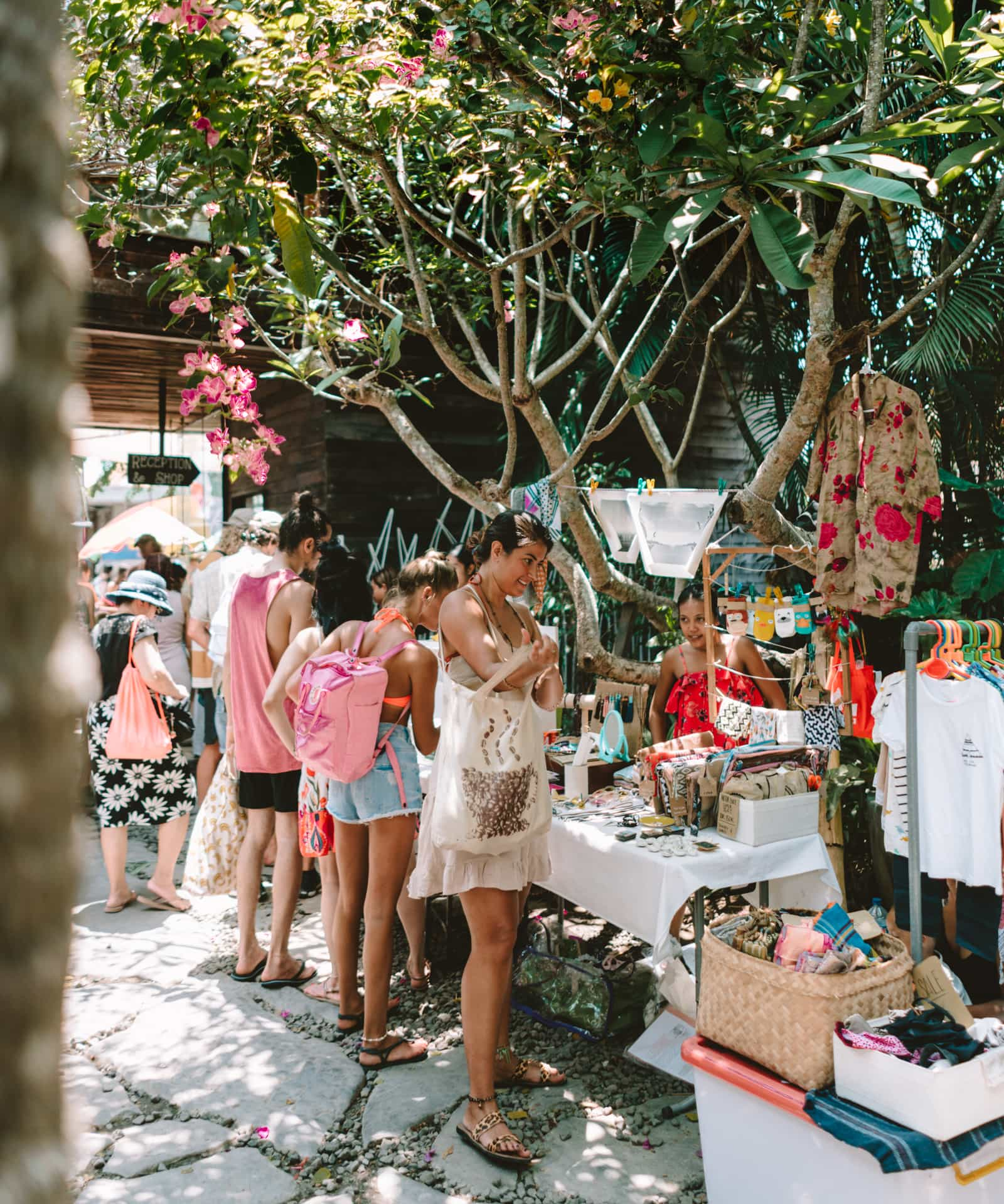 shopping canggu bali  sunday market fashion