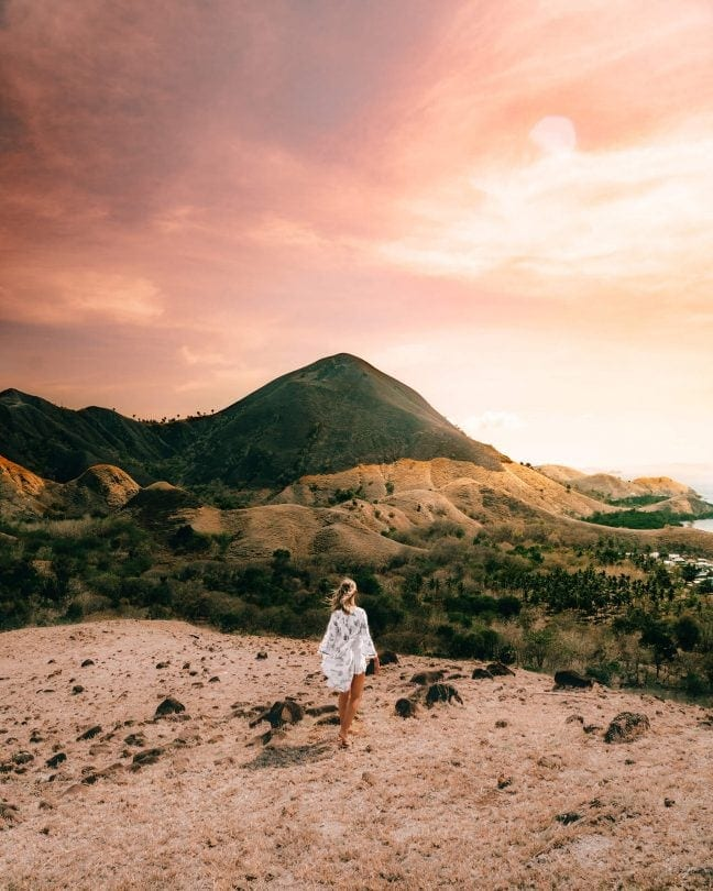 indonesia route java bali flores sunset point