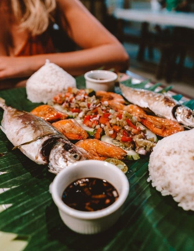 things to do el nido travel guide restaurants boodle fight