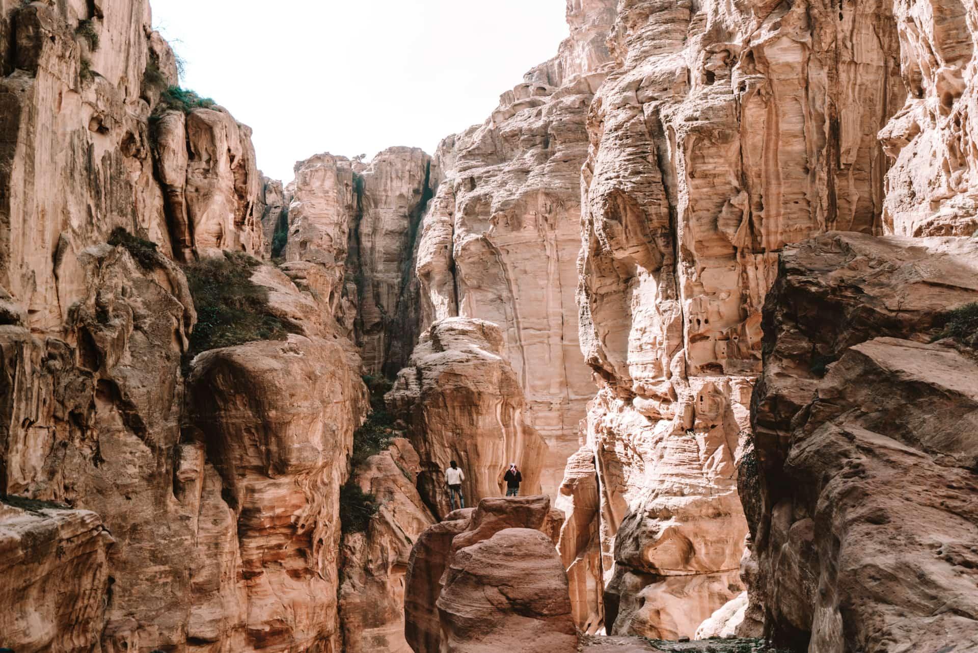 Siq walk petra jordan guide