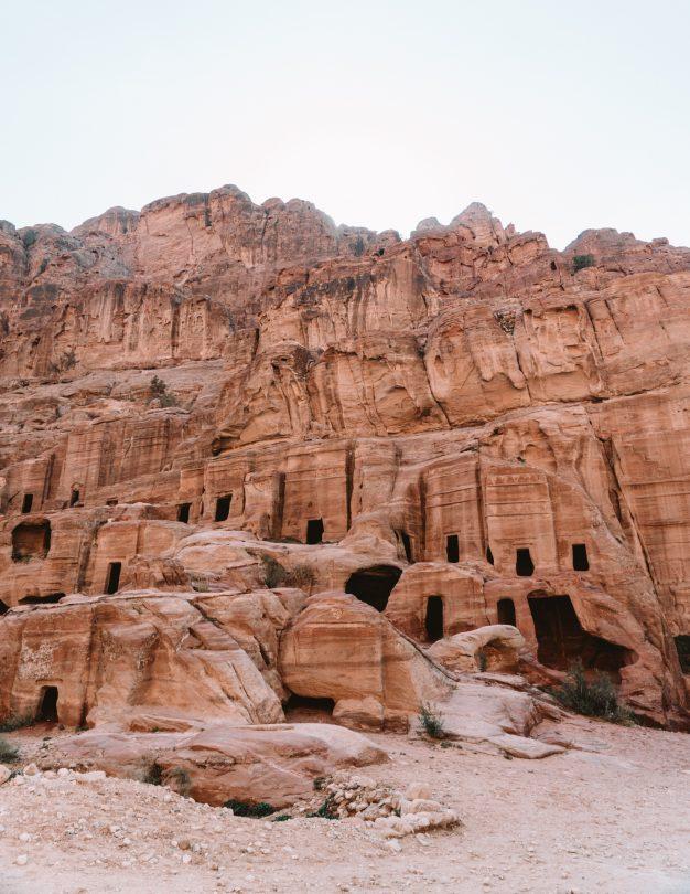 petra jordan caves