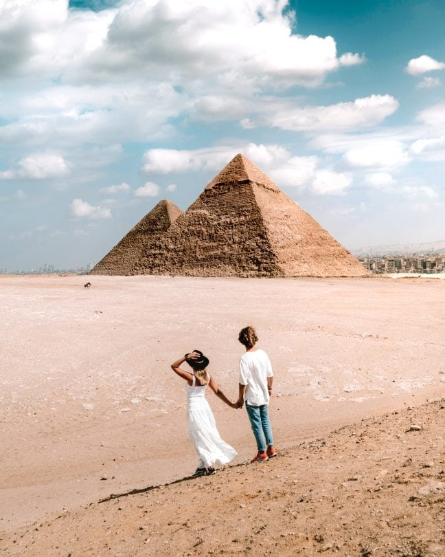Pyramids and Sphinx of Giza viewpoint