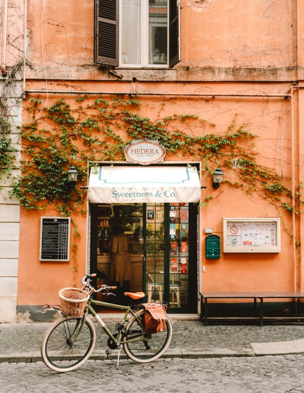 rome guide italy cafe