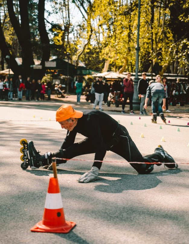 things to do rome villa borghese skate