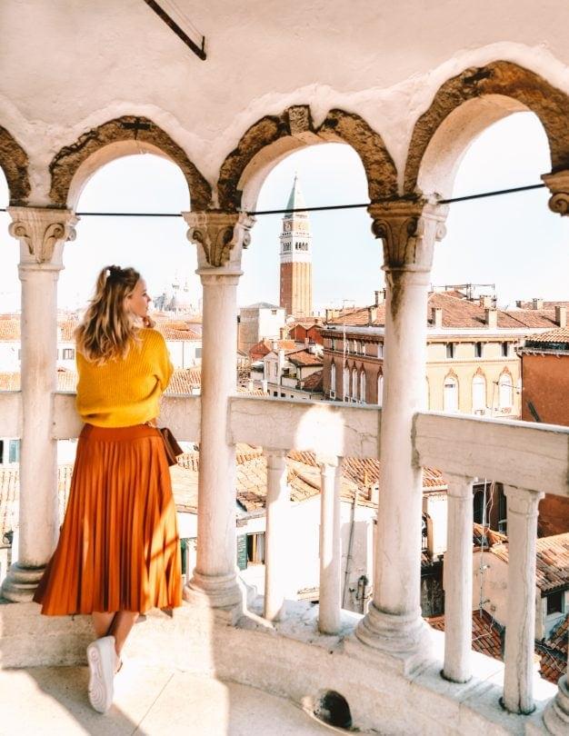 things to do venice Scala Contarini del Bovolo view