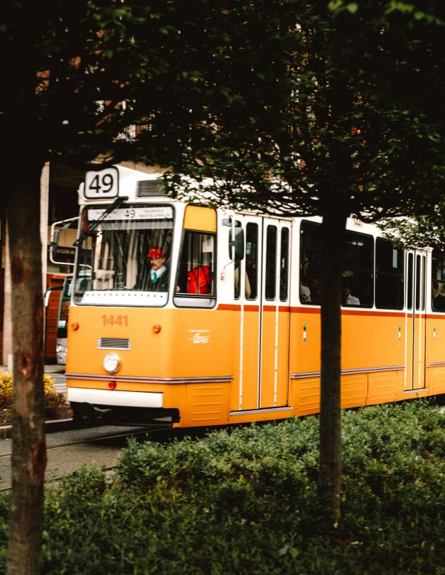 budapest city guide transportation tram