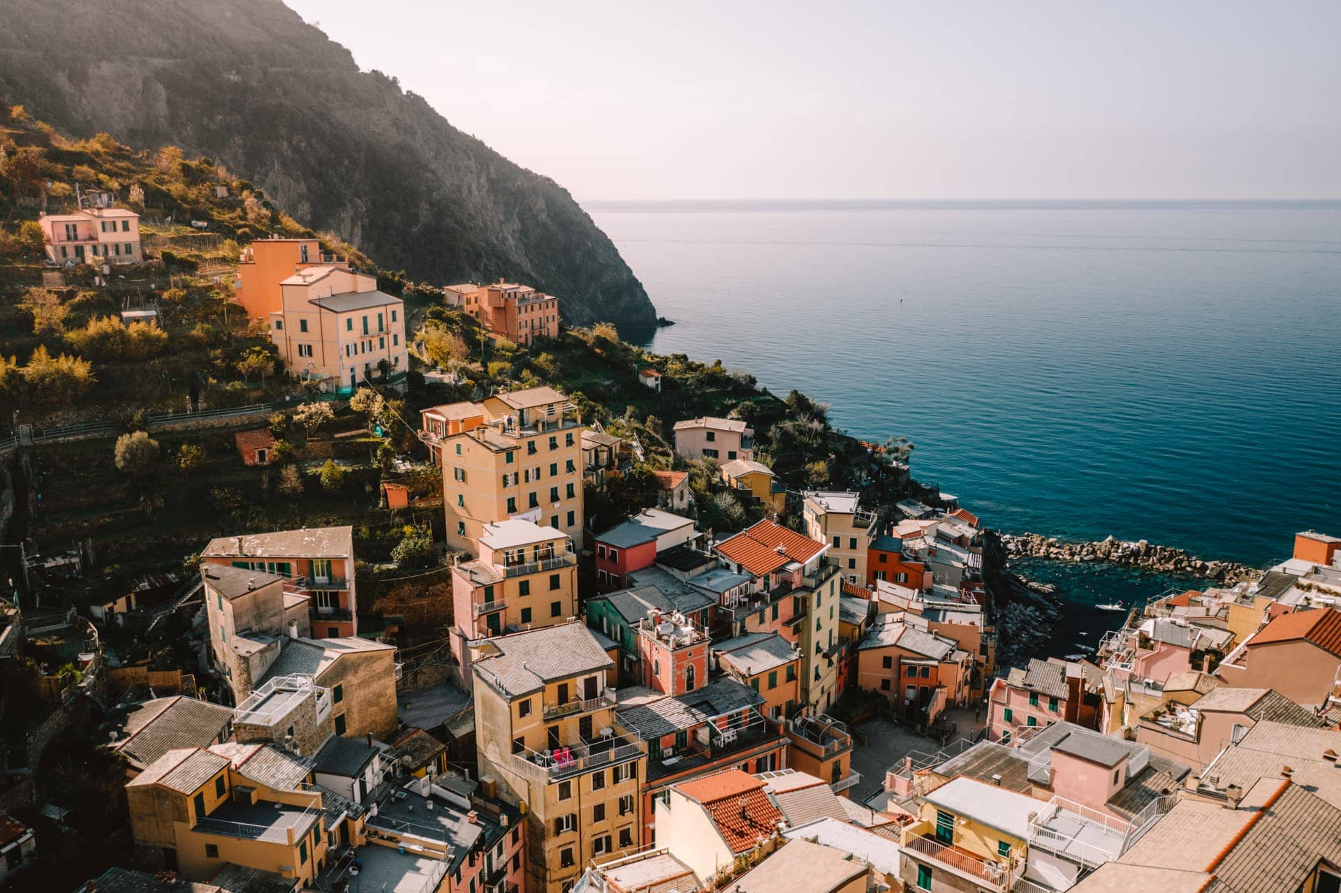 cinque terre colorful village italy