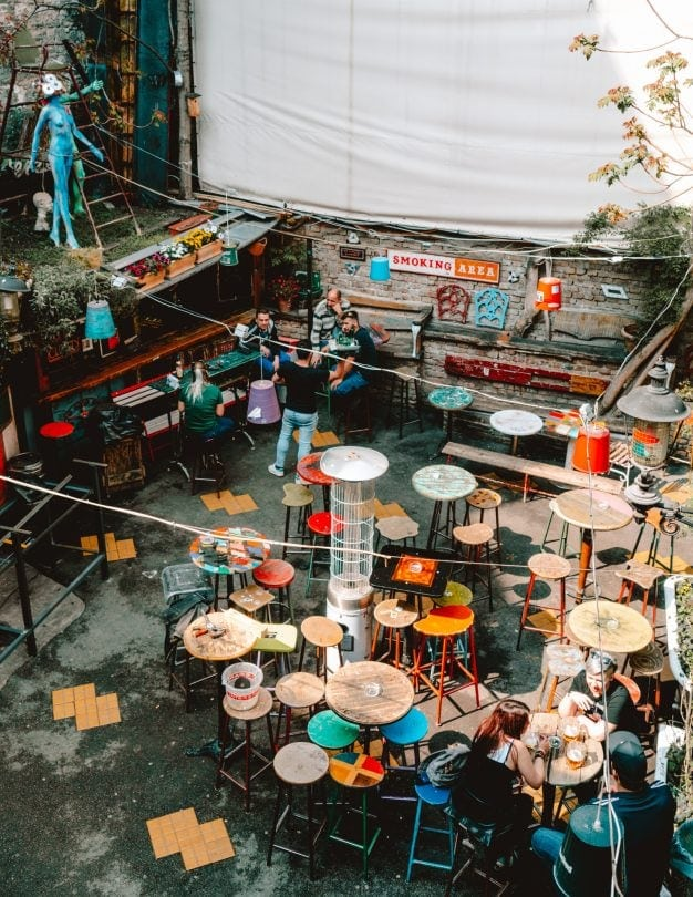 things to do budapest Ruin Bars-